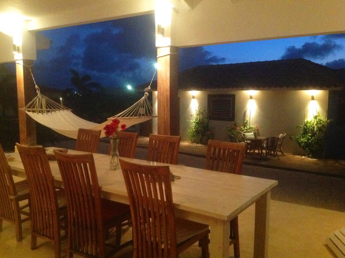 vakantiehuis Bonaire buitenschuur
